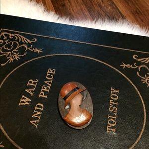 🦋2/$10 3/$15 4/$18 5/$20 Vintage Wood Lady Pin